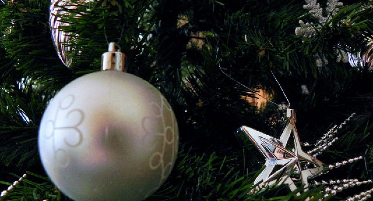 10 Décorations De Sapin De Noël Originales Et Abordables