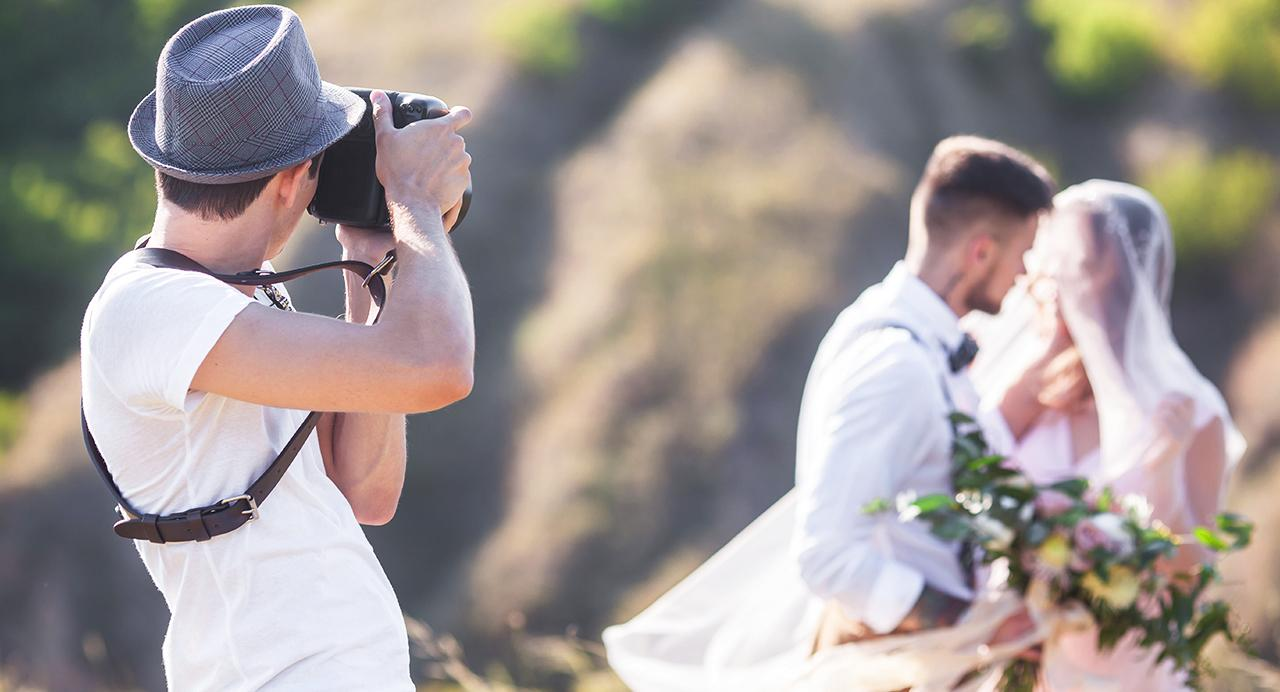 9b6aed52ae6 How to find your wedding photographer online - Kijiji Central – A ...