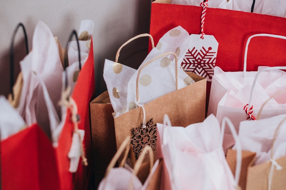 Holidays gift packages